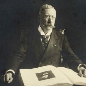 Portret van Abraham Bredius (1855-1946), 1905, ontwikkelgelatinezilverdruk, collectie RKD